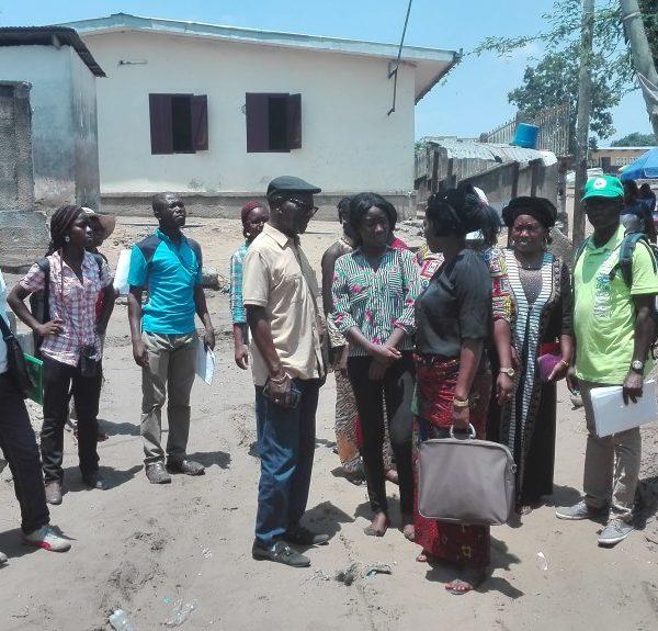 Marche exploratoire dans un quartier de Brazzaville