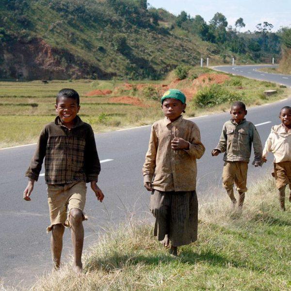 Sur une route à Madagascar